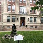 Dartmouth College resmi