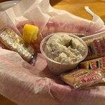Foto Blue Gator Tiki Bar & Restaurant