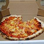 Della Rocca's delicious wood-fired oven pizza