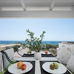 Penthouse suite apartment with 2 bedrooms and sea view