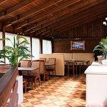 Отпразднуйте банкет, корпоратив, свадьбу или юбилей на 2-ом этаже кафе «Две пальмы»
