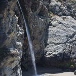 Julia Pfeiffer Burns State Park, California: That's the falls.... Not all that impressive.