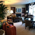 Room 805 Governors Suite Living area