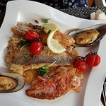 Fischfilet dreierlei, Miesmuscheln, Karotten und Kartoffeln