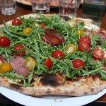 Pizza super bonne également