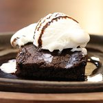 Sizzling brownie with ice cream, served the best in Mathura