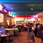 Bilde fra Wipeout Bar & Grill
