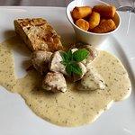 Wasserschloss Hagenwil Restaurant Foto