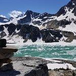 Wedgemount Lake照片