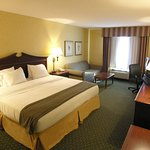 Holiday Inn Express & Suites Williamsburg