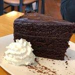 Фотография Calories Bakery and Restaurant