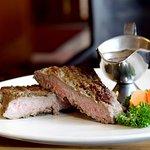 Zurcher knacjer Pork chop Beef fillet Fitnes salad