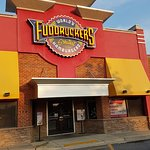 Fuddruckers front entry
