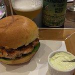Фотография Confraria Burger & Beer