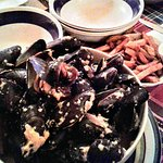 Steamed mussels with mustard sauce