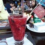 caipifruta de frutas vermelhas