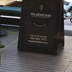 The Pitted Date Vegan Restaurant Bakery & Cafe Foto