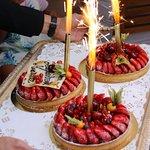 les tartes aux fruits d'anniversaire