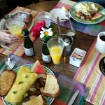 Challah French Toast, Crab Benedict, Oatmeal and Crab Omlet. Everyone of us enjoyed our meal!