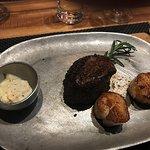 Foto black & blue Steak and Crab