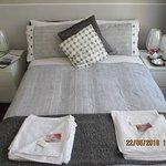 small double en-suite room 4