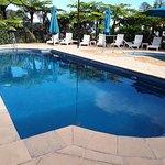 Governor's Lodge Resort Hotel