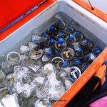 น้ำ และเครื่องดื่มที่เสริฟบนเรือ