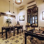 Cosy dining room setting _ Image by Oi Vietnam