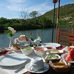 Agva Greenline Restaurant