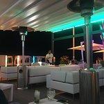 Foto de Cosmo Beach Restaurant