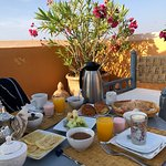 We opted to take our breakfast at the beautiful terrace overlooking the old Marrakech medina.