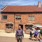 The is the house where the great Shakespeare was born.