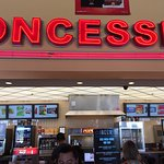 Regal Cinemas Rancho Mirage Stadium 16の写真