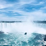 Horseshoe falls - stand still on the pathway and feel the vibrations from the power of the falls