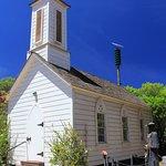 صورة فوتوغرافية لـ St. Joseph's Catholic Church