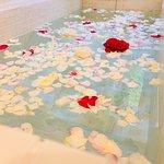 季節の花温泉薔薇温泉