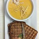 Sándwich de pollo + Crema de Calabaza