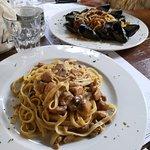 Fettuccine ai porcini e Spaghetti ricci cozze e vongole