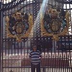 The massive gates of Buckingham palace.