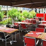 Red Sqaure Terrase2