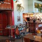 de hippe bar en eetgelegenheid