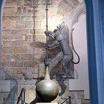アルノルフォの塔の先に取り付けられているライオンの像
