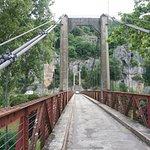 Ponte sobre o Rio Lot