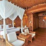 Grand Deluxe Ocean View Room 3306