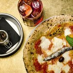 pizza e cocktail dry