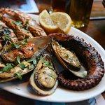 We had a perfect dinner today at Poseidon Fish Taverna 👌🏻👍🏻