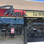 Foto Max's Bar & Restaurant