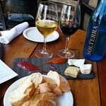 Foto de Solterra Winery