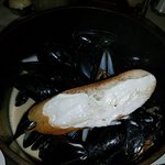 excellent mussels in broth...ask for a spoon or bread