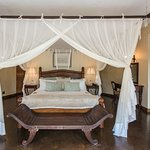 Presidential Baines Suite - Baines A